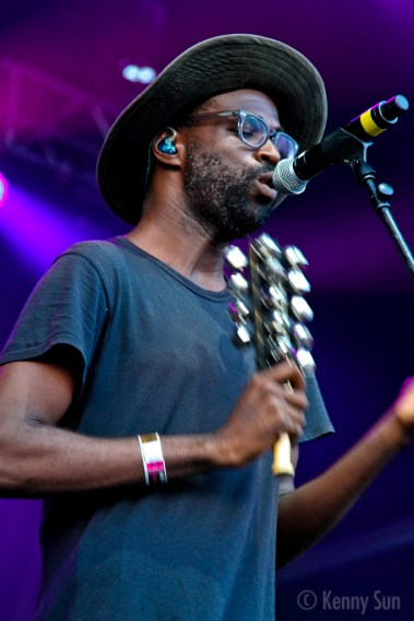 39-TvOnTheRadio