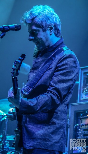 Scott_Harris_Phish_2013.10.31_1024px_09