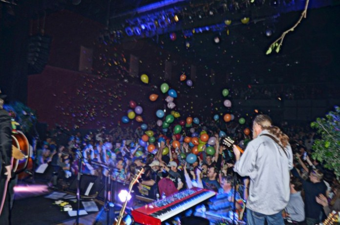 Railroad Earth New Year's Eve 2014 @ Variety Playhouse, Atlanta, GA || Photo © Wesley Hodges