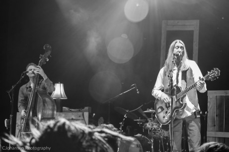 2015-02-20_Wood_Brothers_Boulder_Theater-5