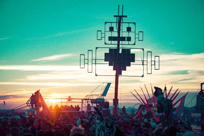burning man s theme for 2018 is about robots so obviously. Black Bedroom Furniture Sets. Home Design Ideas