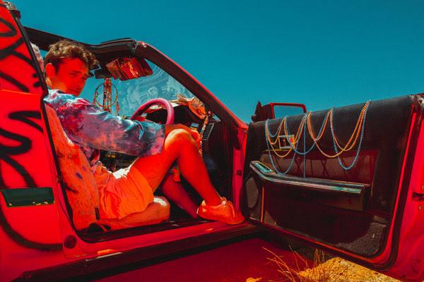 flume-releases-friends-feat. Reo Cragun)