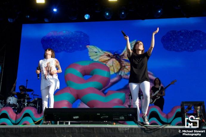Tegan and Sara at Bonnaroo 2017 📸: C. Michael Stewart