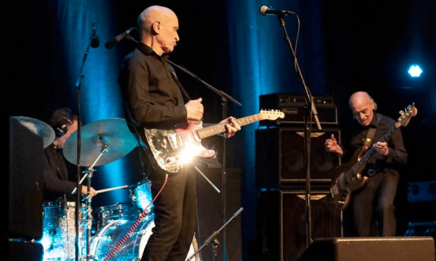Wilko Johnson + Glenn Tilbrook @ Warrington Parr Hall – Photo Review