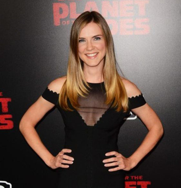 Sara Canning With Husband Or Married Life Only Exists On