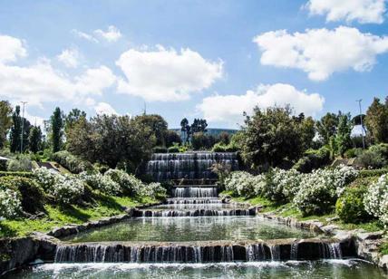 Eur riapre il giardino delle cascate liveromeguide for Laghetto con cascata
