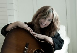 WHATS ON: Gretchen Peters | Rhyl Pavilion Theatre | 09.02.16