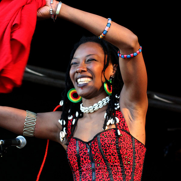 PHOTO GALLERY - More images from Africa Oye 2011