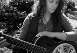 NEWS: Jo Bywater wins Liverpool Acoustic Songwriting Challenge 2014