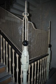 Stair case with grills