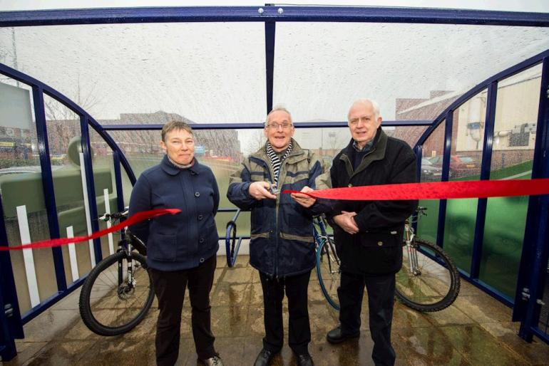 New cycle stands
