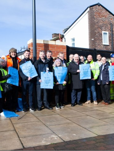 Mayor with Anfield Alley Angel as £2m programme completes