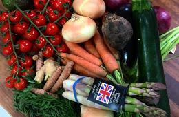 Root 22 Organic Fruit & Veg Box Deliveries Bringing Your 5 A Day To Your Doorstep 3