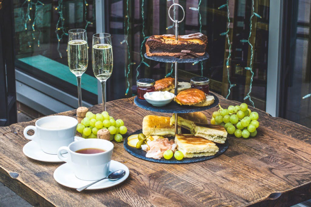Veeno_Italian_Afternoon_Tea