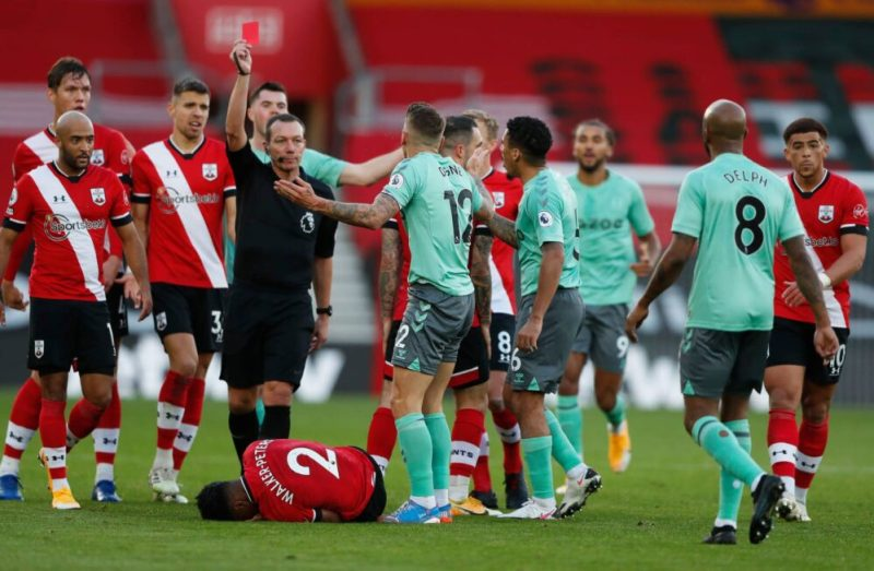 Everton Lucas Digne Red Card Southampton