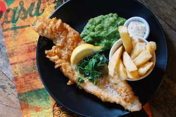 Indoor dining & attractions reopen at the Royal Albert Dock on 17 May 6