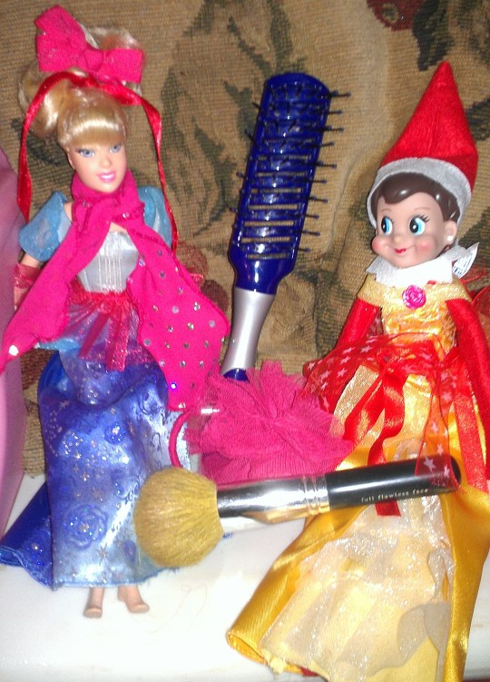 """Late Night """"Beauty Party"""" with Cinderella Barbie"""