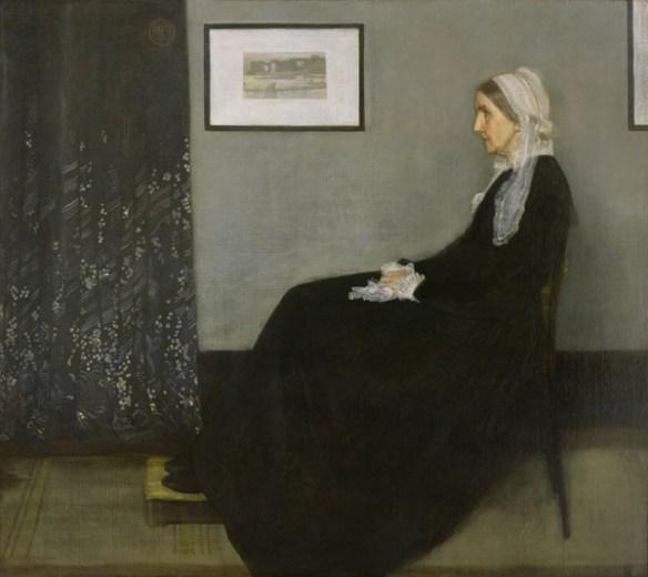 En bild som visar konstverket Whistler´s Mother. En svartklädd kvinna sitter i profil på en stol i ett gråmurrigt rum.