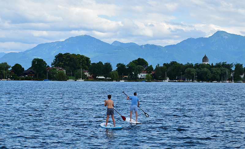 Locals returning home @ Frauenchiemsee