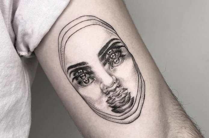 23 de tatuaje pe care cu siguranta o sa le privesti de mai multe ori pentru a le intelege
