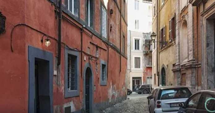 Acest apartament din Roma are doar 7 metri pătrați, dar vei fi surprins când vei păși în interiorul lui