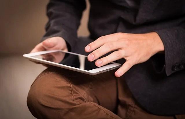 iPadのキーボード設定で「位置変更」し「フリック入力」にしてみたら世界が変わった