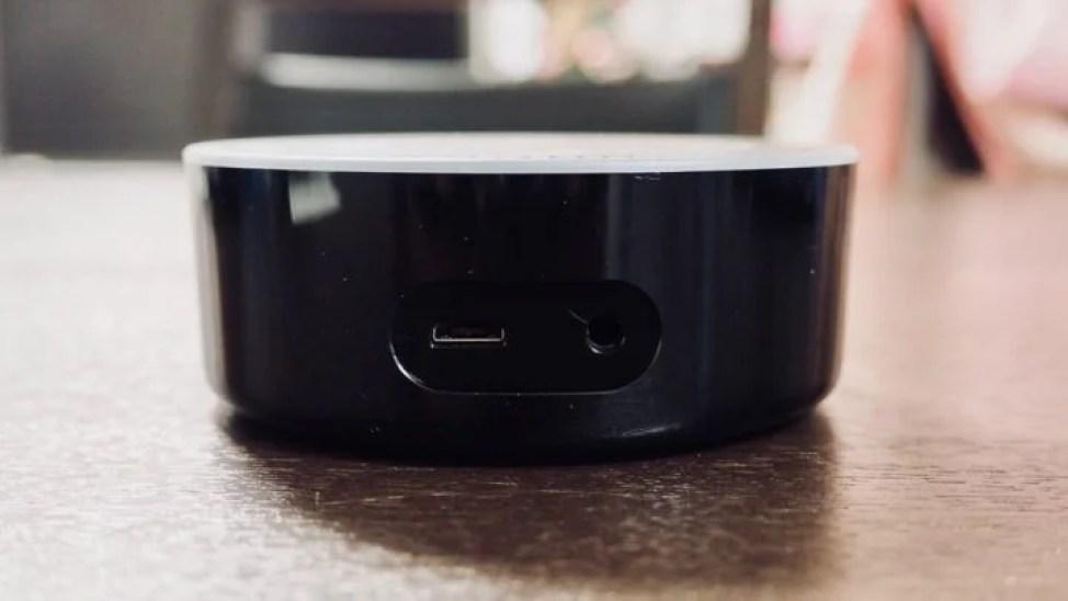 Amazon Echo Dot インターフェース