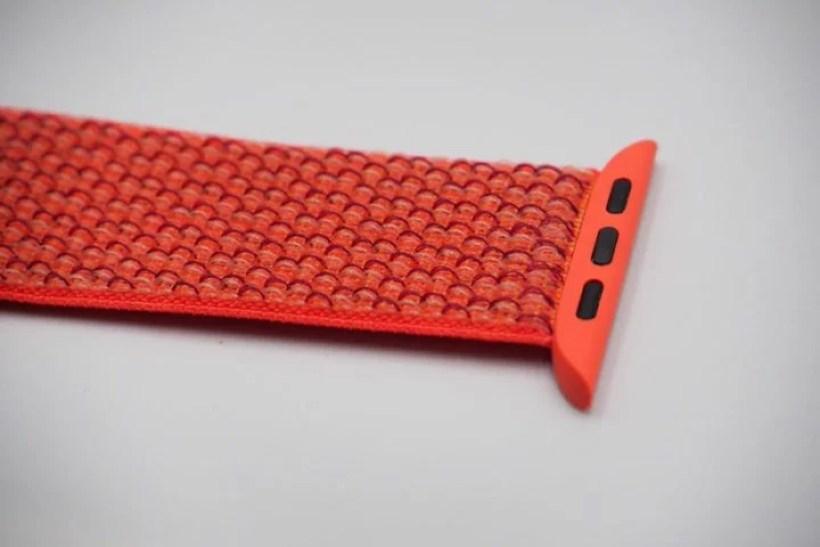 細かいナイロン繊維が編み込まれている細かいナイロン繊維が編み込まれている