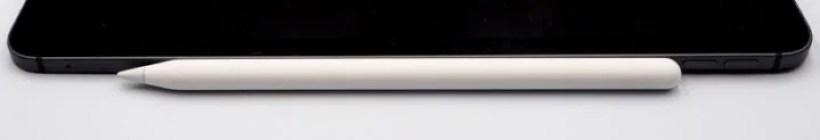 Apple Pencilをくっつけるだけで自動ペアリング・ワイヤレス充電