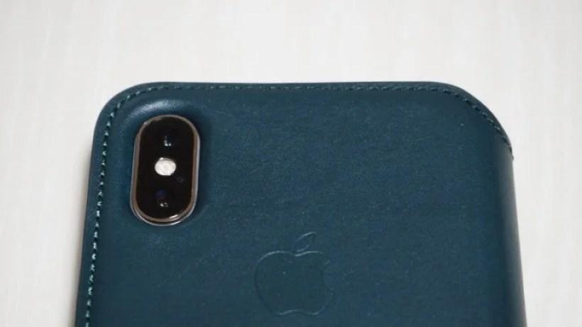 iPhone XSレザーフォリオ カメラレンズまわり