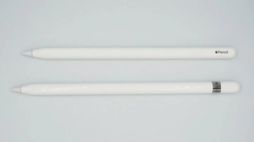 上:第2世代Apple Pencil 下:初代Apple Pencil