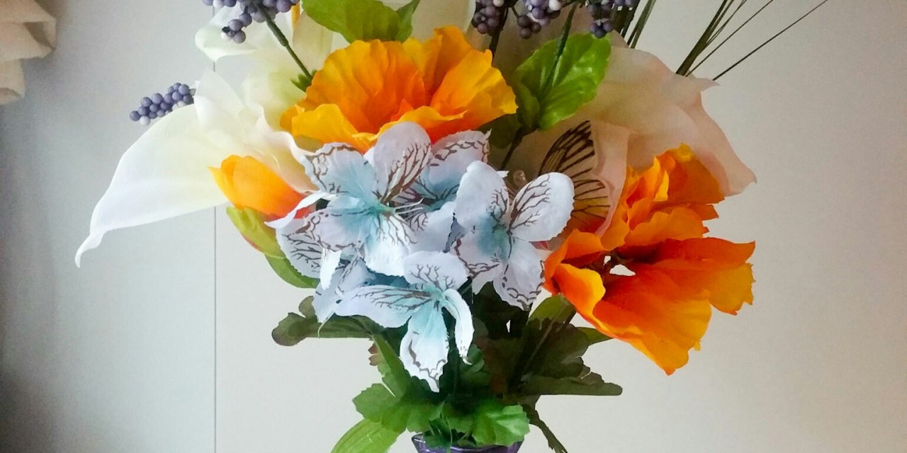 Super Cute Butterfly Floral Arrangement in 6 Easy Steps