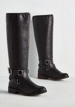LiWBFs-Fab-Brands-Modcloths-70-Sale-Black-Boots-LiWBF