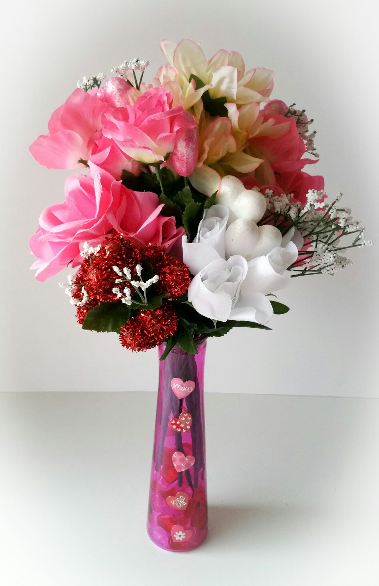 Super-Cute-DIY-Heart-Vase-Bouquet-Six-LiWBF