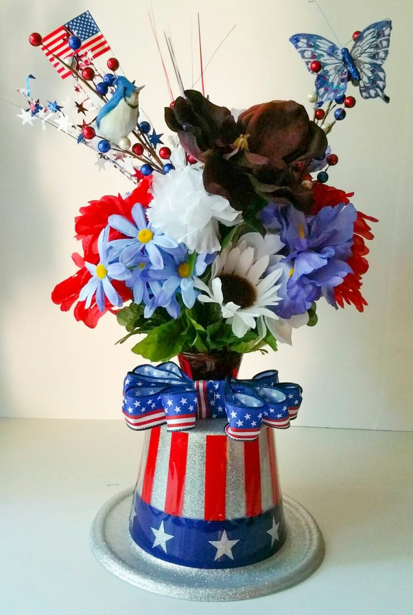 Embrace-the-Soldier-Memorial-Day-Holiday-Bouquet-Twelve-LiWBF