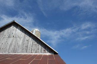 blue sky and barn in leelanau
