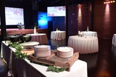 Corporate Table Setup