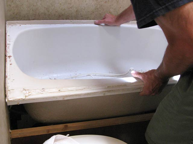 Top 3 Tips To Replace RV Bathtub