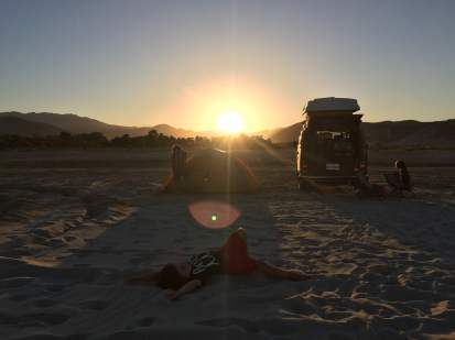 the-full-setup-and-people-love-sunsets
