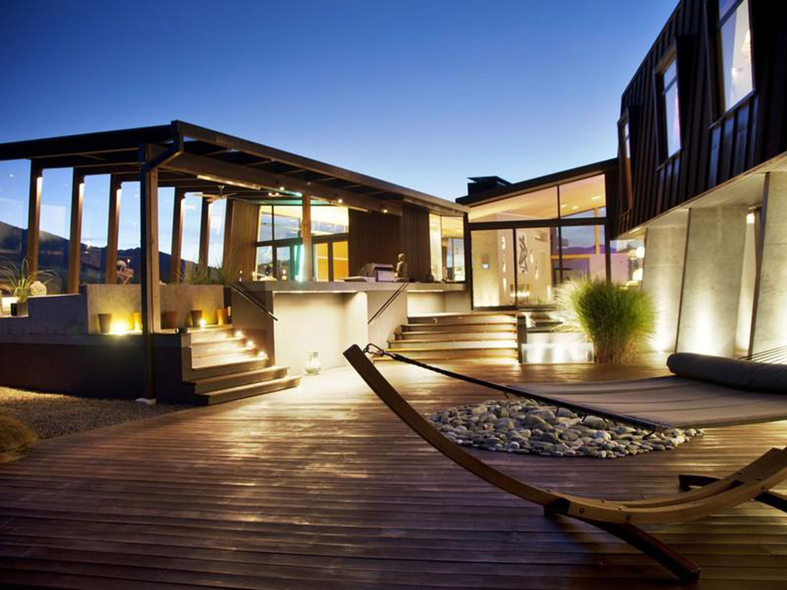 Stylish Outdoor Spaces for Modern Living on Designer Outdoor Living  id=87879