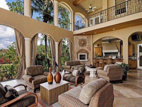 Luxury Indoor-Outdoor Rooms on Enclosed Outdoor Living Spaces  id=40818