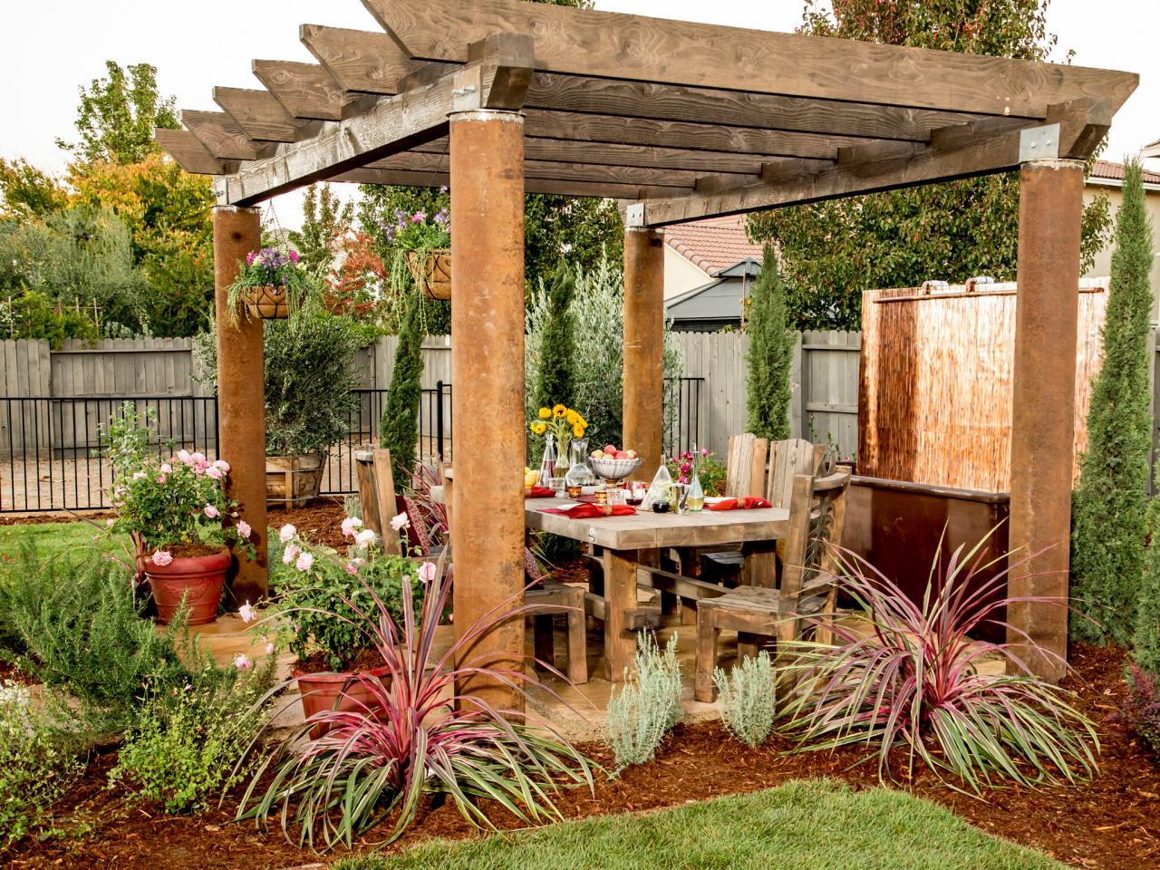 6 Top Picks for a Relaxing Backyard on Hgtv Backyard Designs id=37150