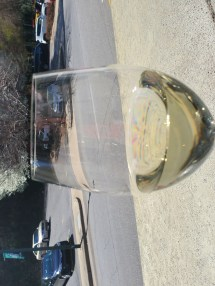 Pic of glass of white wine