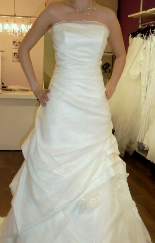 Lovely wedding dress # 3
