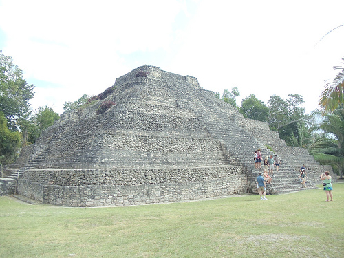 The Mayan Diet helps you eat less junk, while spending less money.