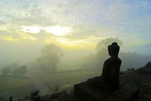 borobudur-at-sunrise-tour-buddha