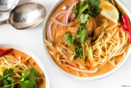 spicy-thai-curry-bowl