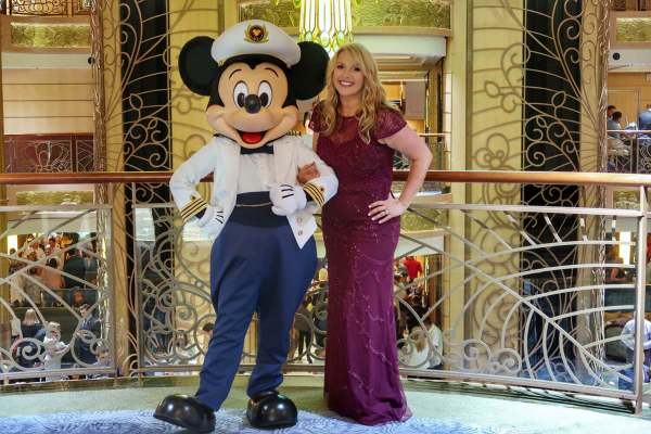 WHAT TO WEAR ON FORMAL NIGHT DISNEY CRUISE