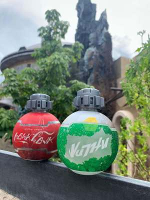 COKE BOTTLES STAR WARS GALAXY'S EDGE IN WALT DISNEY WORLD