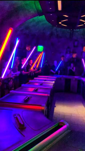 SAVI'S WORKSHOP BUILD OWN LIGHTSABER REVIEW STAR WARS GALAXY'S EDGE IN WALT DISNEY WORLD